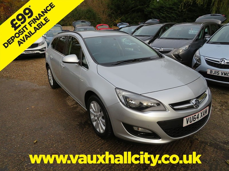 used Vauxhall Astra TECH LINE CDTI ECOFLEX S/S in windlesham-surrey