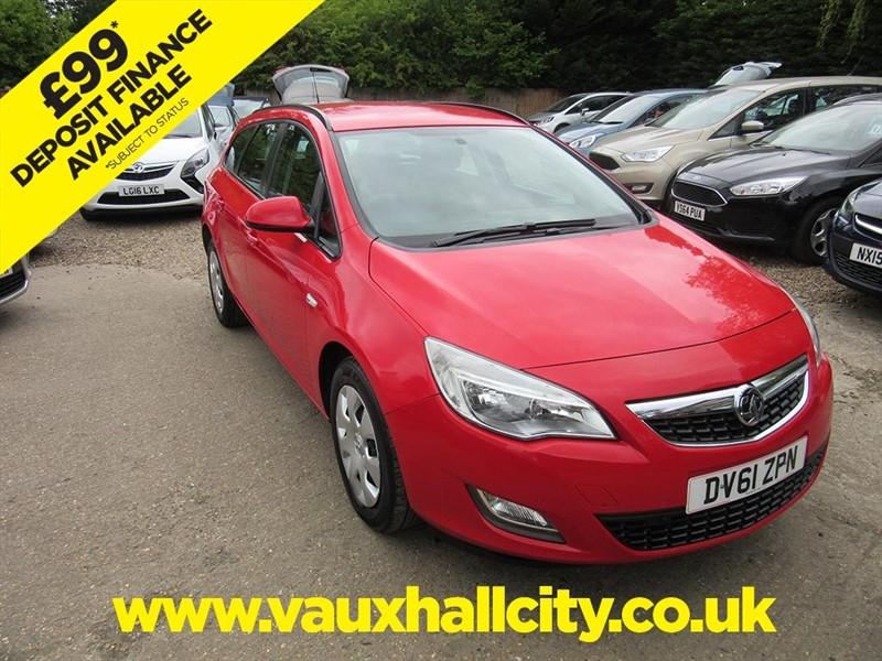 used Vauxhall Astra EXCLUSIV in windlesham-surrey