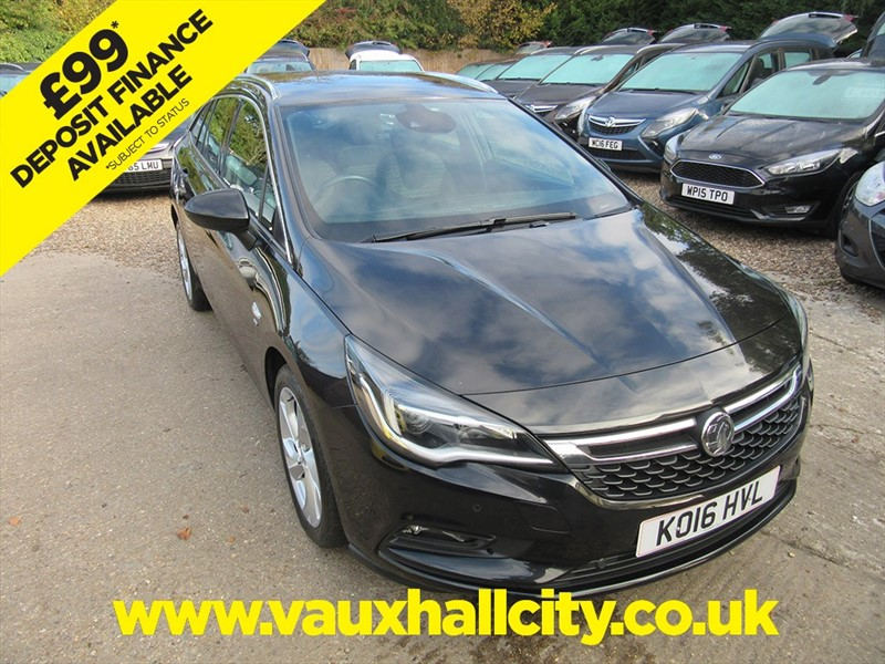 used Vauxhall Astra SRI NAV S/S in windlesham-surrey