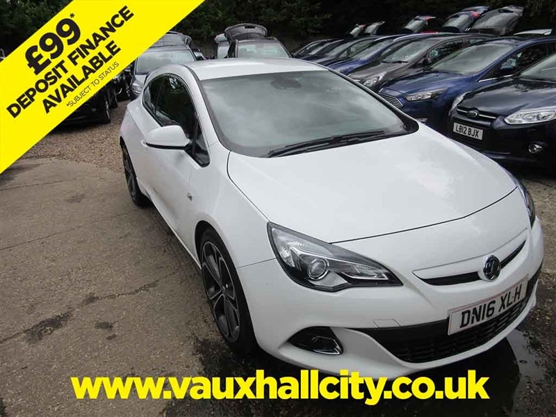 used Vauxhall Astra GTC LIMITED EDITION S/S in windlesham-surrey