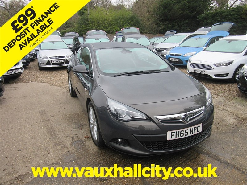 used Vauxhall Astra GTC SRI S/S in windlesham-surrey