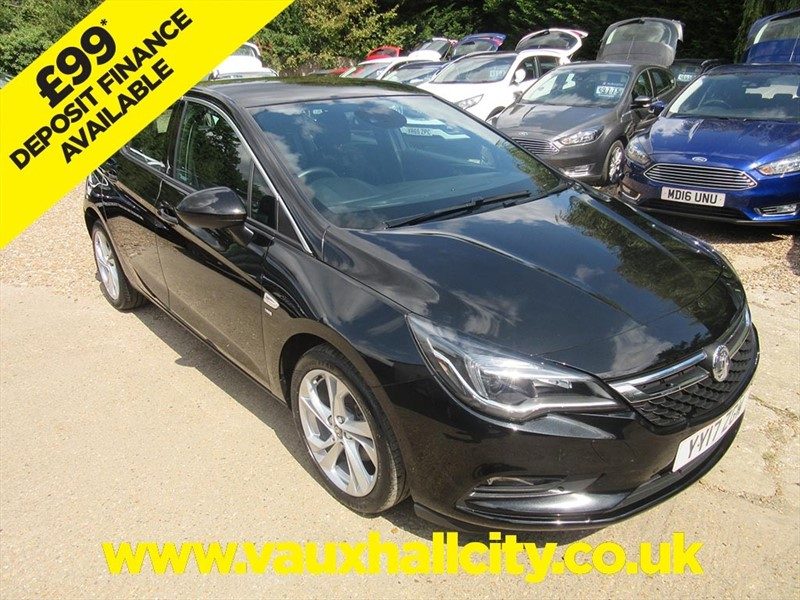 used Vauxhall Astra SRI ECOFLEX S/S in windlesham-surrey