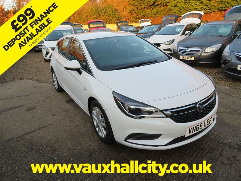 used Vauxhall Astra DESIGN CDTI in windlesham-surrey