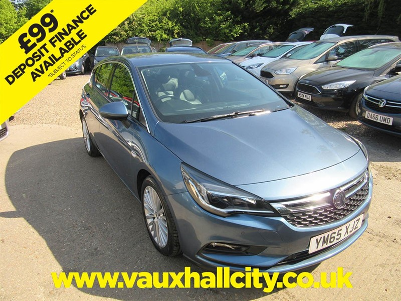 used Vauxhall Astra ELITE ECOFLEX S/S in windlesham-surrey