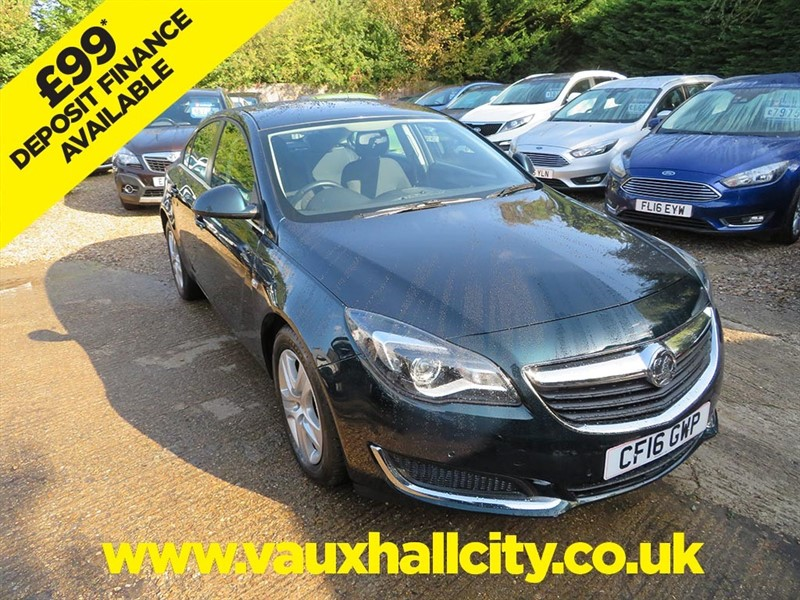 used Vauxhall Insignia DESIGN S/S in windlesham-surrey