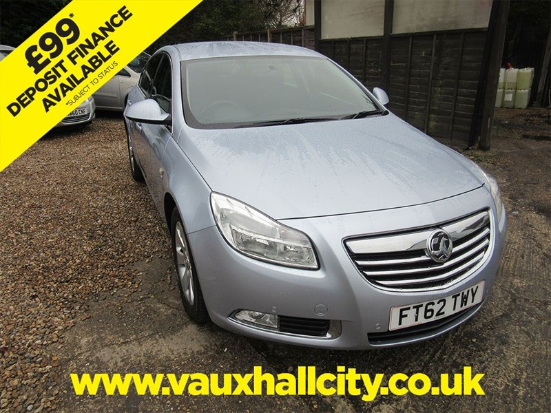 used Vauxhall Insignia SRI NAV in windlesham-surrey