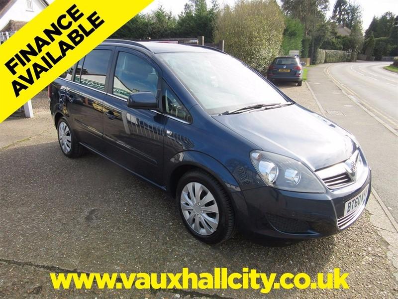 used Vauxhall Zafira TD ecoFLEX 16v Exclusiv 5dr in windlesham-surrey