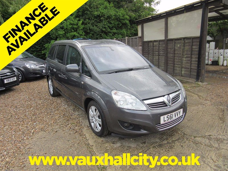 used Vauxhall Zafira ELITE CDTI ECOFLEX in windlesham-surrey