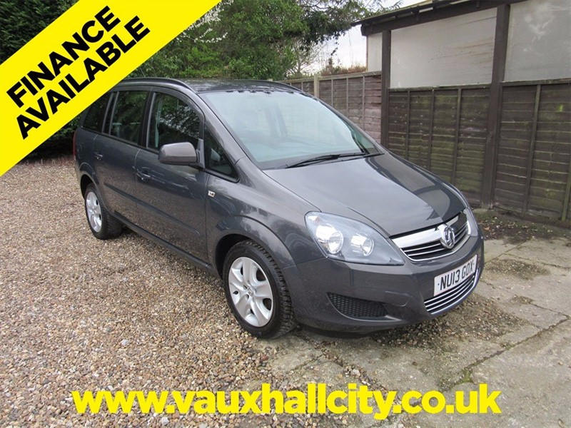 used Vauxhall Zafira 1600 Wheelchair Accessible in windlesham-surrey