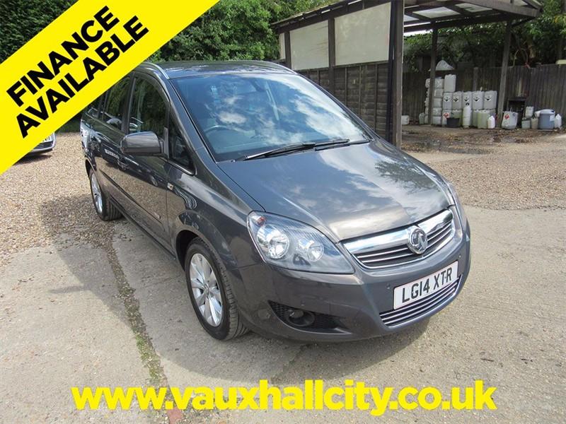 used Vauxhall Zafira DESIGN NAV in windlesham-surrey