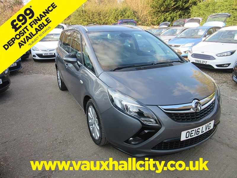 used Vauxhall Zafira Tourer TECH LINE CDTI ECOFLEX S/S in windlesham-surrey