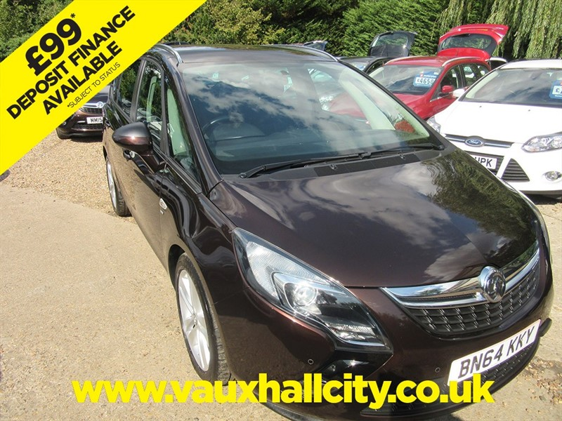 used Vauxhall Zafira Tourer SRI CDTI in windlesham-surrey
