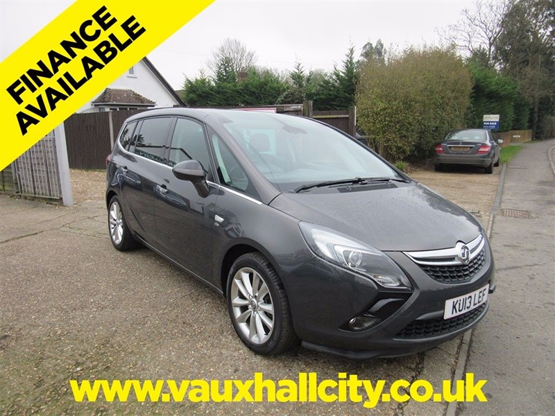 used Vauxhall Zafira Tourer CDTi 16v Elite 5dr in windlesham-surrey