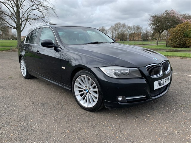 used BMW 318i EXCLUSIVE EDITION in essex