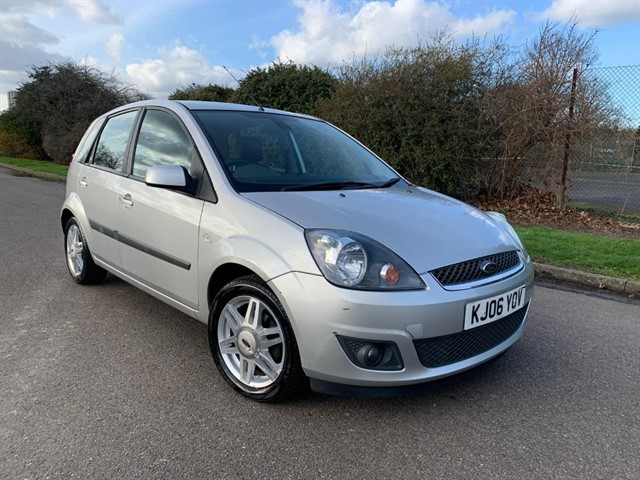 used Ford Fiesta GHIA 16V in essex