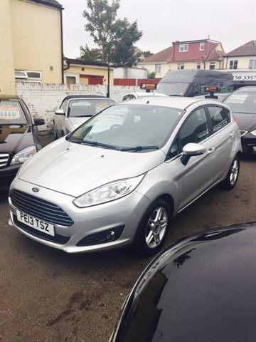 used Ford Fiesta Zetec 5dr (start/stop) in essex