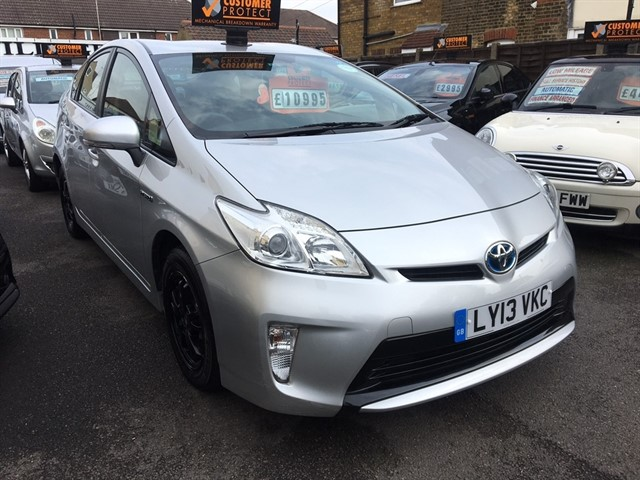 used Toyota Prius 1.8 VVT-i T Spirit CVT 5dr in essex