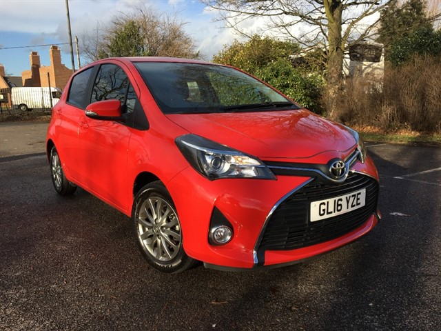 used Toyota Yaris VVT-I ICON in essex