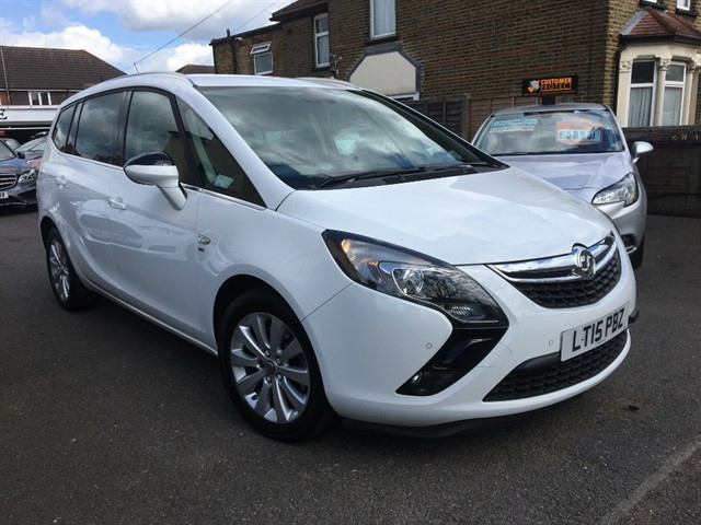 used Vauxhall Zafira Tourer SE CDTI in essex