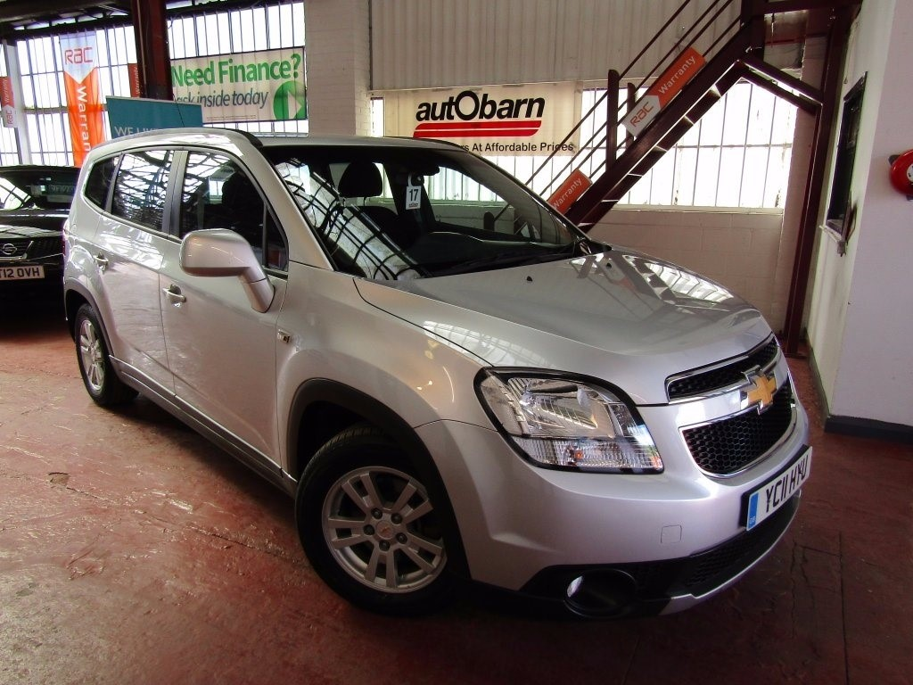 used Chevrolet Orlando VCDi LT 5dr in sheffield