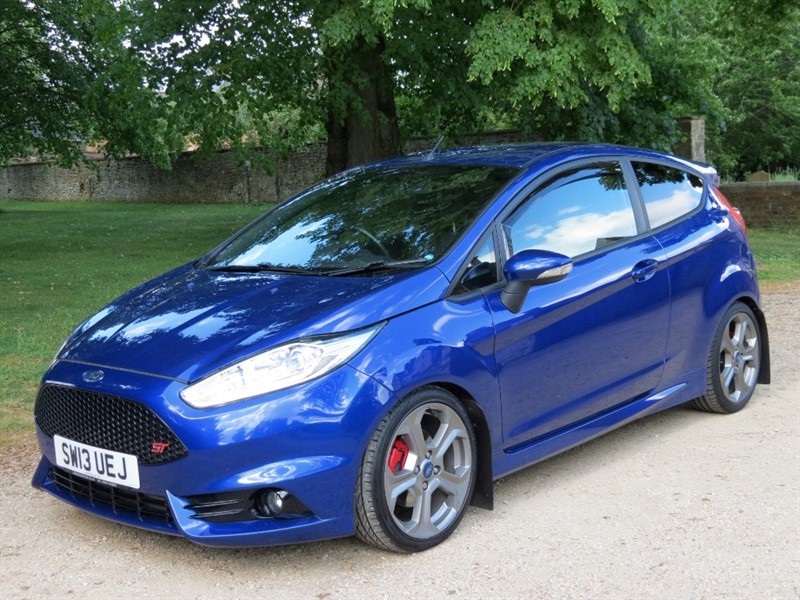 used Ford Fiesta ST-2 in northamptonshire