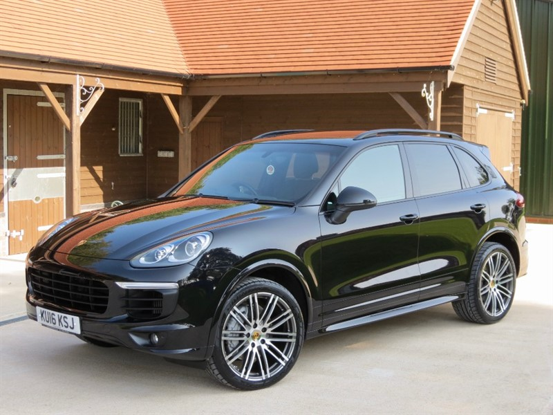 used Porsche Cayenne D V8 S TIPTRONIC S in northamptonshire