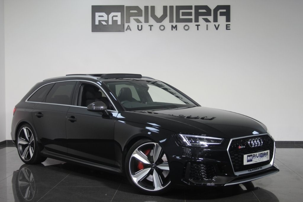 used Audi RS4 Avant TFSI Carbon Edition Avant Tiptronic Quattro 5dr in west-yorkshire