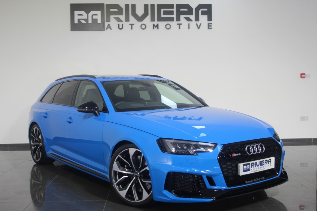 used Audi RS4 RS 4 TFSI QUATTRO in west-yorkshire