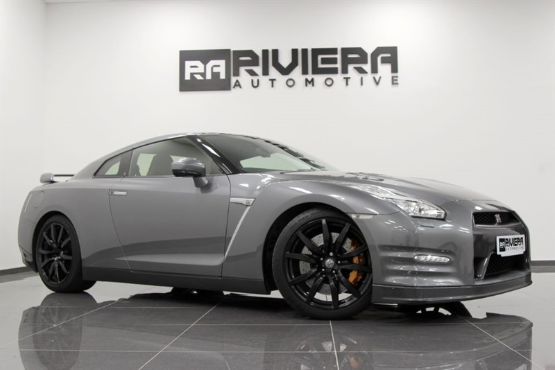 used Nissan GT-R V6 in west-yorkshire