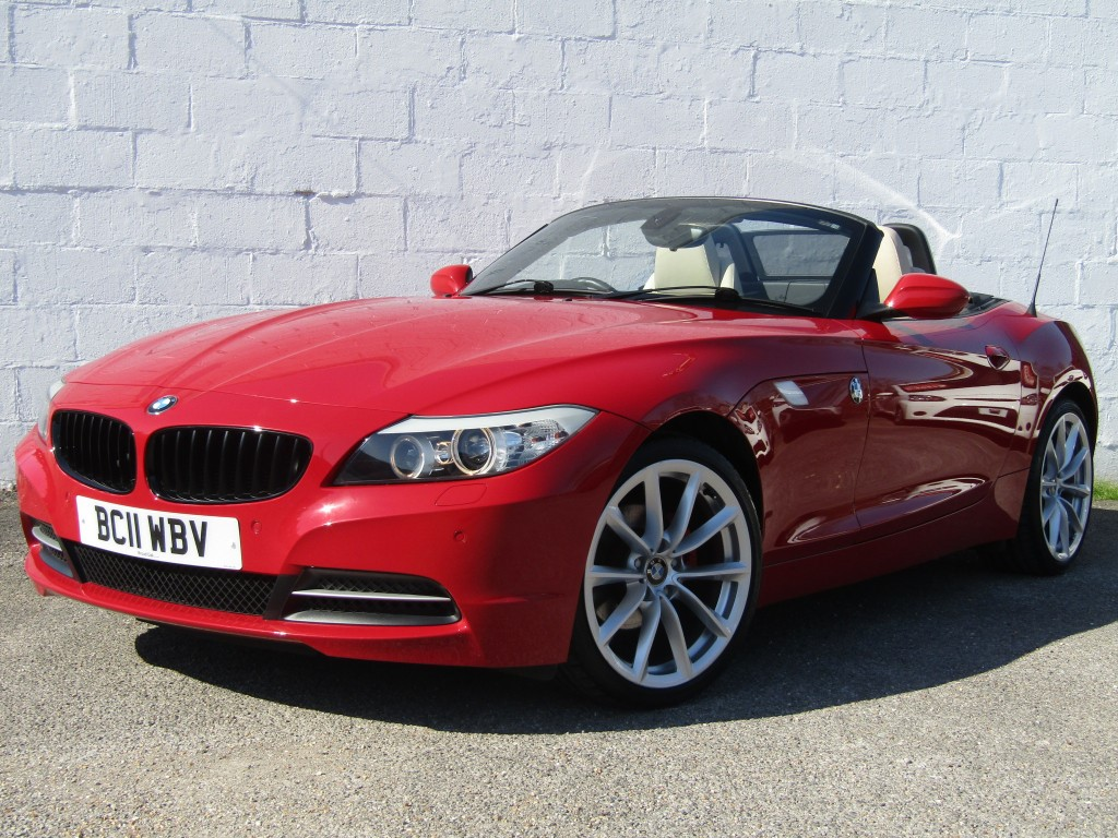 used BMW Z4 sDrive23i Highline Auto Convertible in suffolk