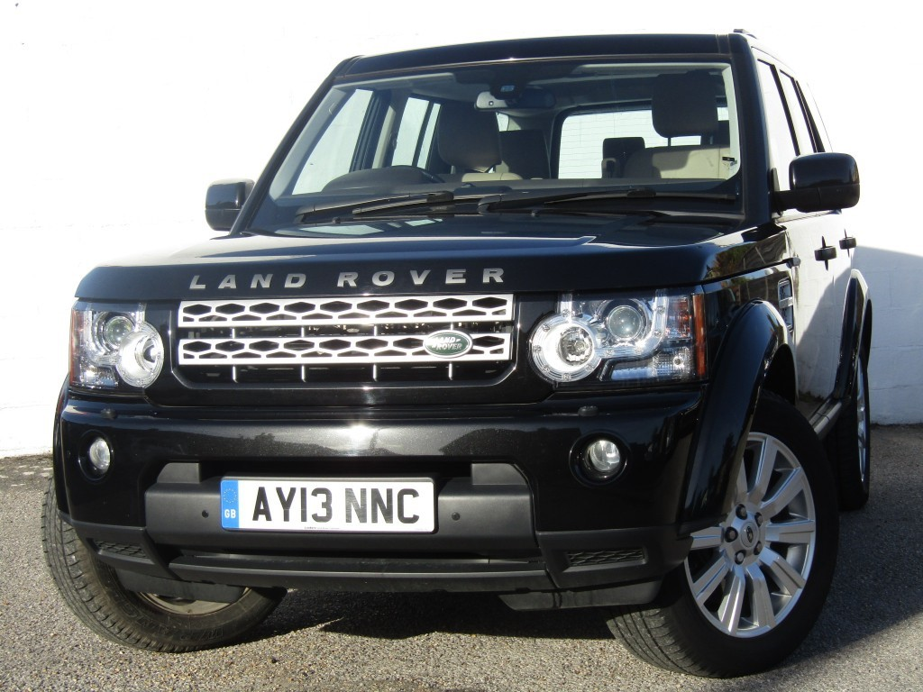 used Land Rover Discovery 3.0 SDV6 XS Auto in suffolk