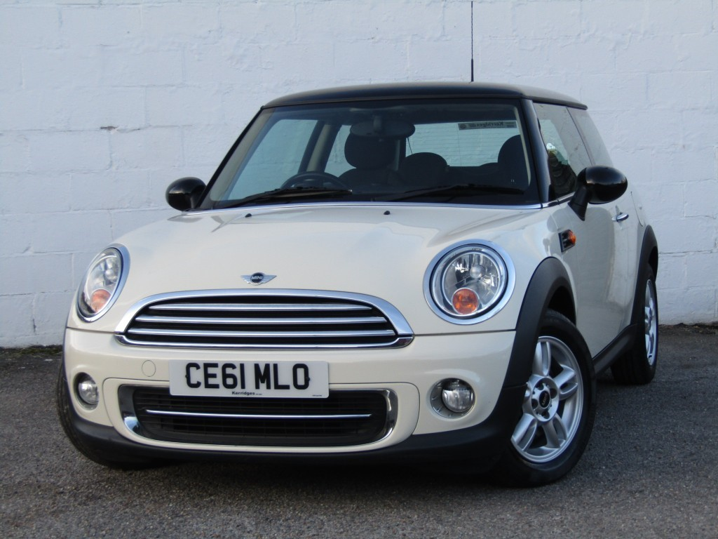 used MINI Hatch Cooper 1.6 3 door in suffolk