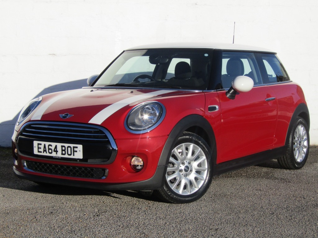 used MINI Hatch Cooper 1.5D 3 door in suffolk