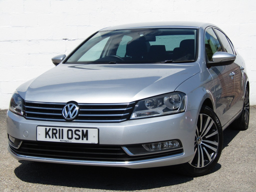 used VW Passat 2.0 TDi Sport BlueMotion Tech Saloon in suffolk