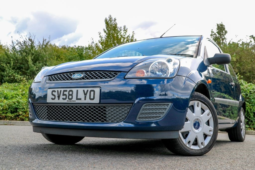 used Ford Fiesta STYLE 16V in essex
