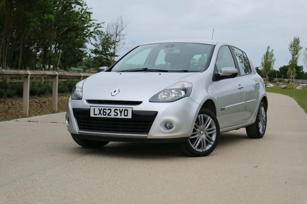 used Renault Clio DYNAMIQUE TOMTOM DCI in essex