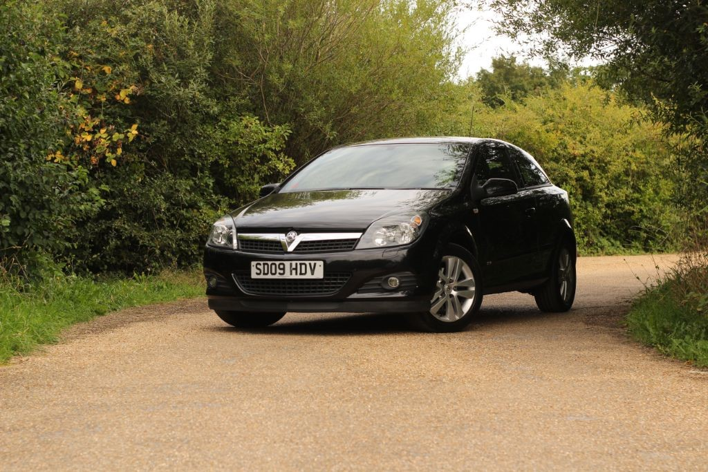 used Vauxhall Astra SXI in essex
