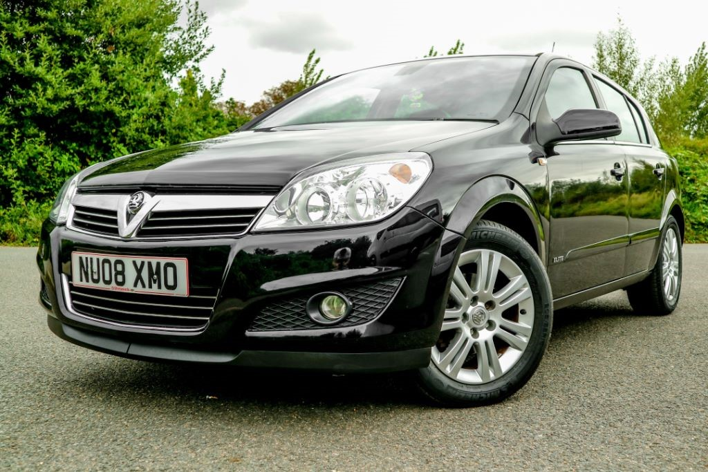 used Vauxhall Astra ELITE 16V E4 in essex