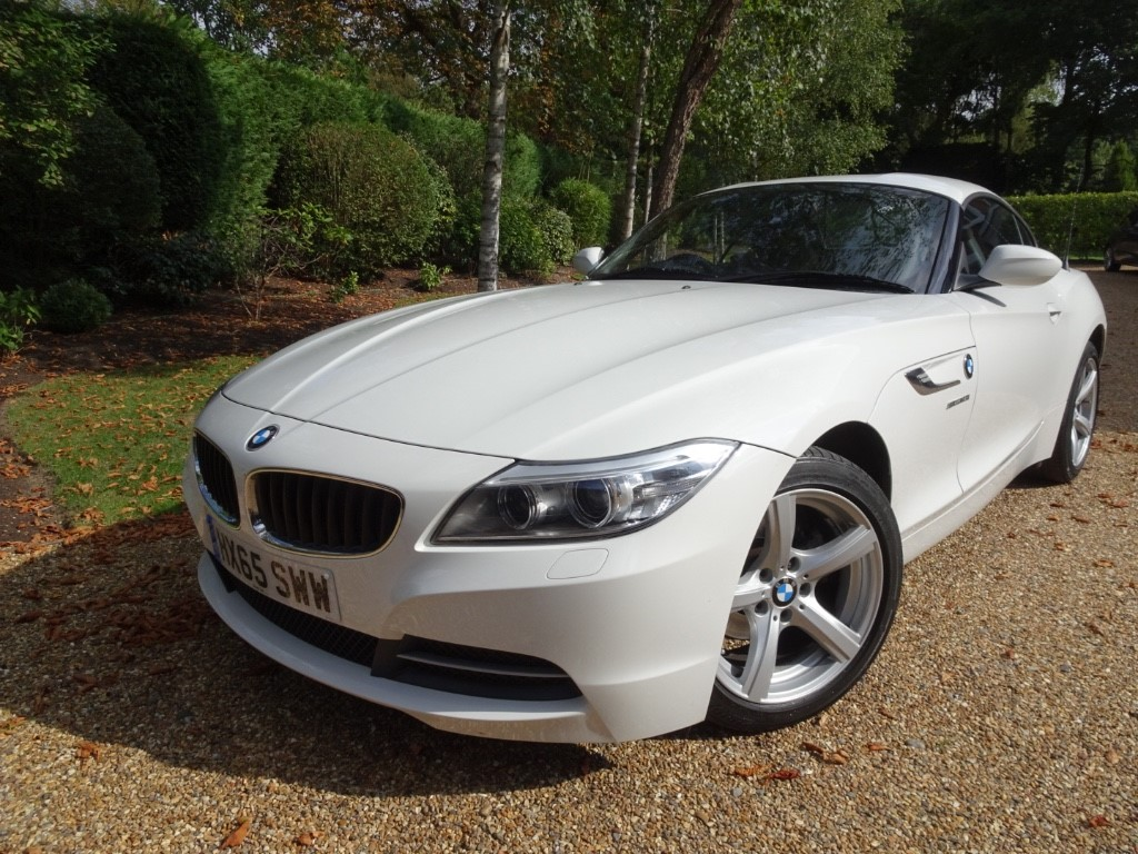 used BMW Z4 SDRIVE18I ROADSTER in chobham-surrey
