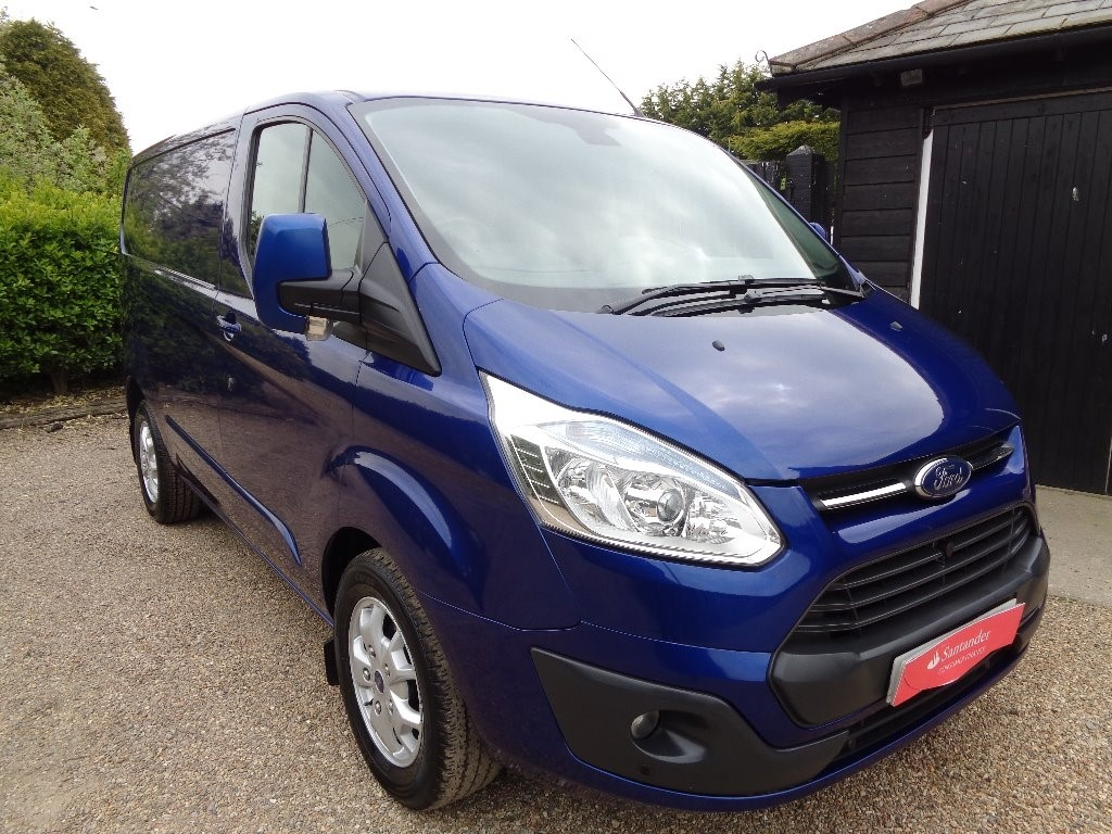 used Ford Transit Custom 2.2 TDCi 290 L2H1 Limited Panel Van 3dr