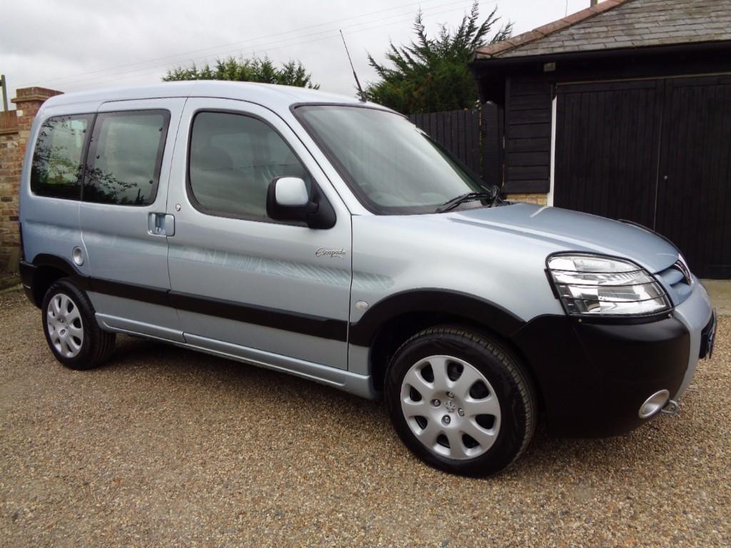 used Peugeot  COMBI ESCAPADE