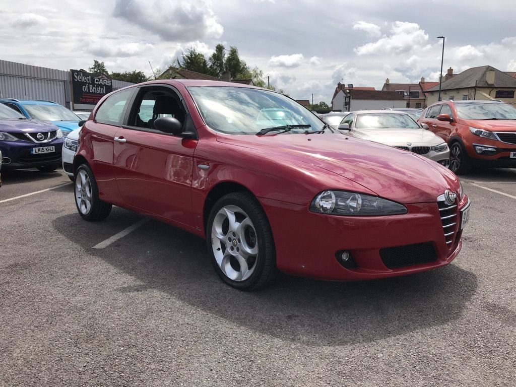 used Alfa Romeo 147 JTDM 16v Lusso Hatchback 3dr Manual (157 g/km, 150 bhp)