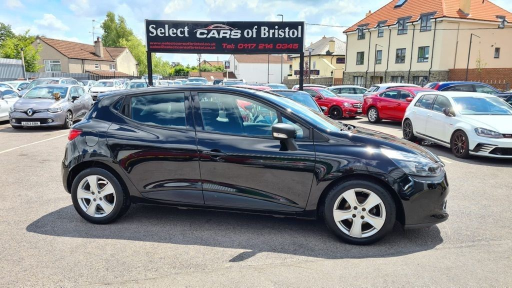 used Renault Clio 16v Expression +