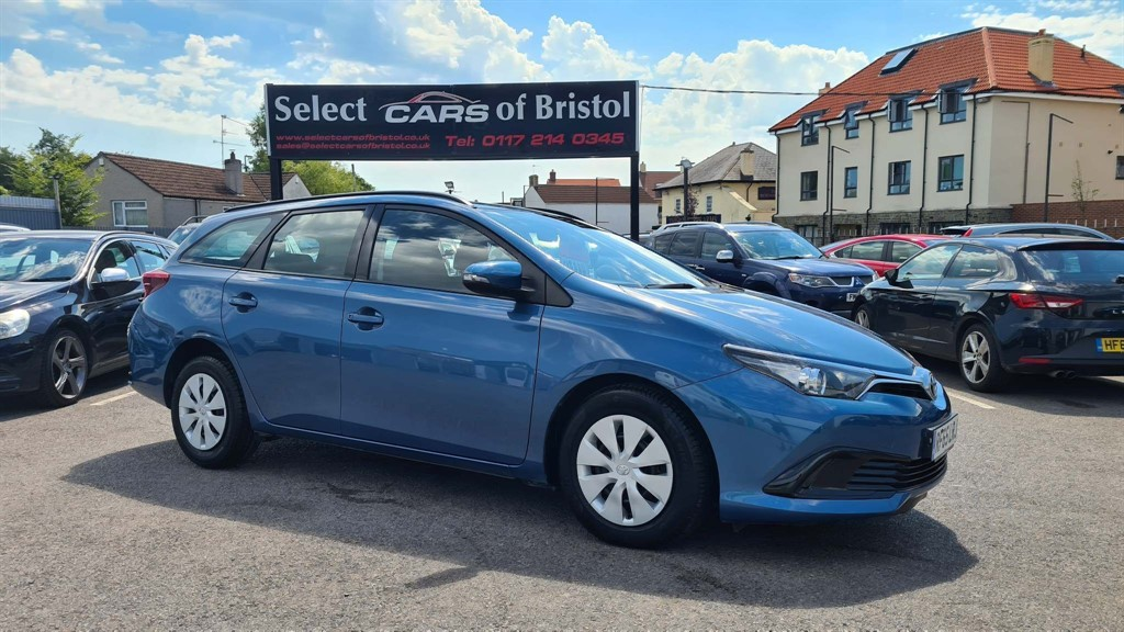 used Toyota Auris D-4D Active Touring Sports (s/s)