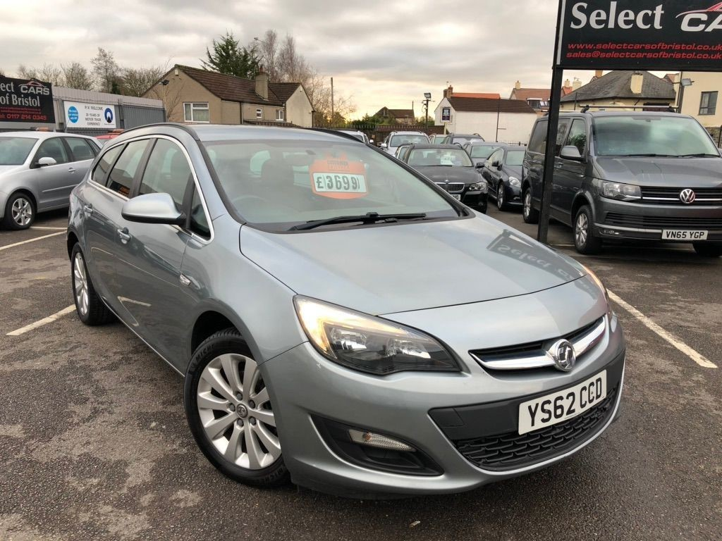 used Vauxhall Astra ecoFLEX 16v Tech Line Estate (s/s)