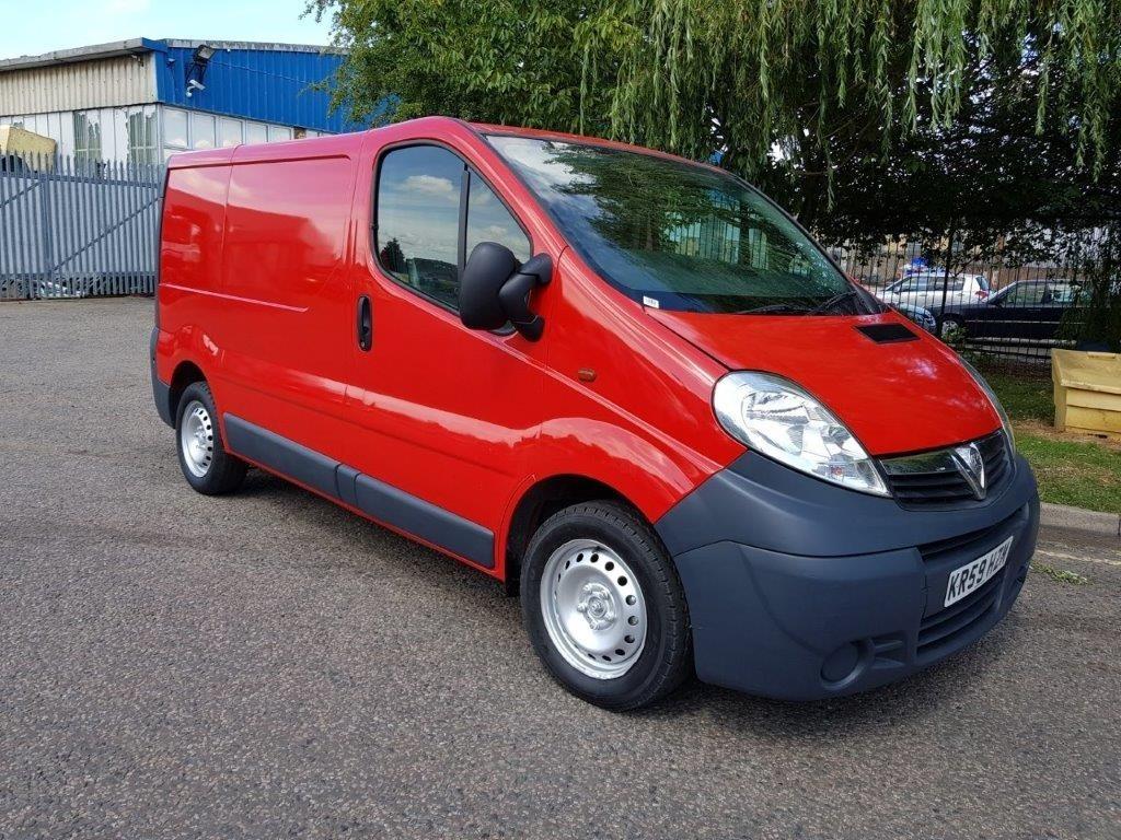 used Vauxhall Vivaro 2700CDTI SWB SHR P/V in middlesex