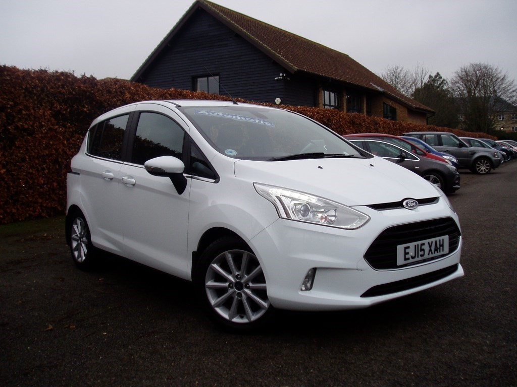 used frozen white ford b max for sale essex. Black Bedroom Furniture Sets. Home Design Ideas