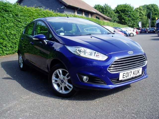 used Ford Fiesta ZETEC in lawford-manningtree