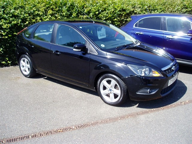 used Ford Focus ZETEC in lawford-manningtree