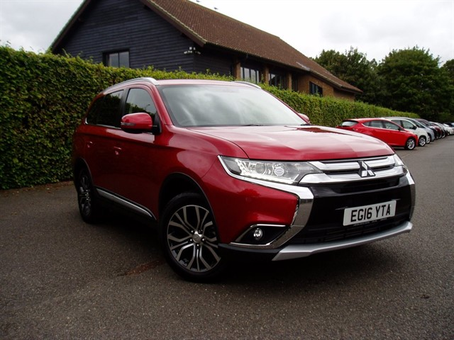 used Mitsubishi Outlander DI-D GX 3 in lawford-manningtree